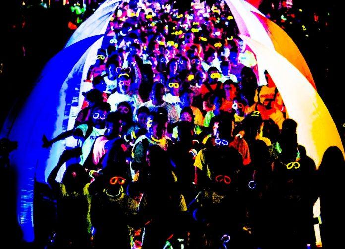 Il 22 giugno le vie di Genova verranno illuminate dalla coloratissima